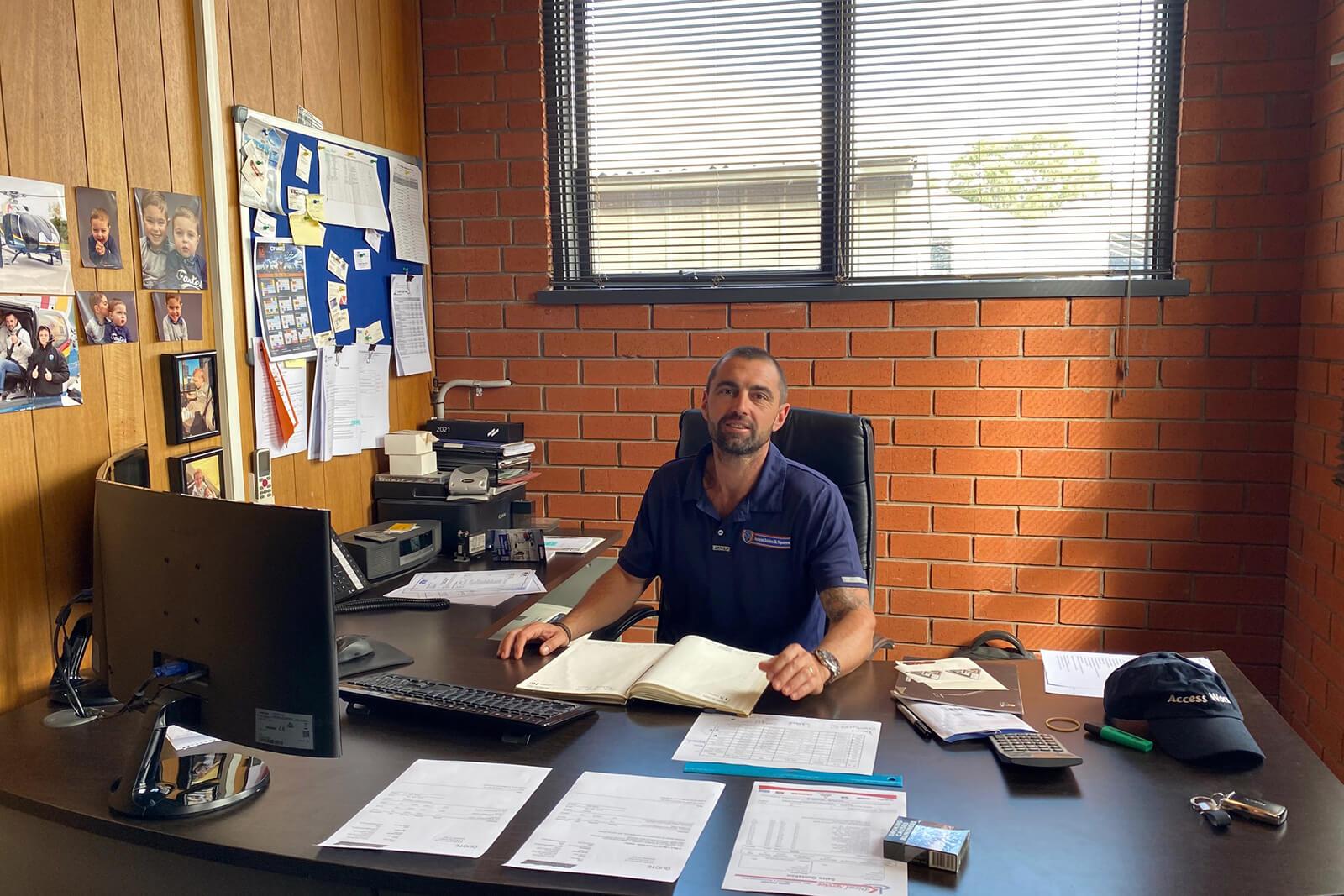 Darren_Baxter_office_Australia